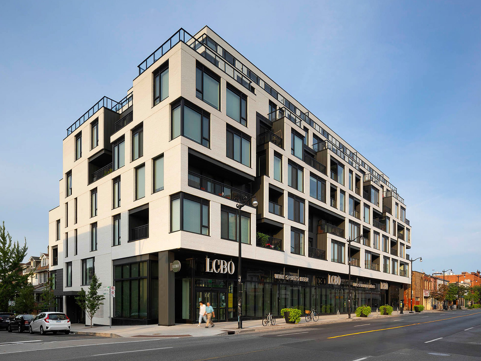 Duke Condos Building Toronto. Clinker Blanco. Cerámicas Mora.
